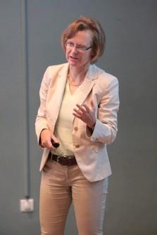 COMUS17- Professor S. Reese
