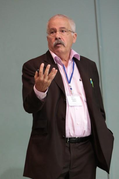 COMUS17 - Professor Pierre Adler